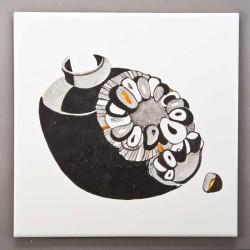 Гранаты - изображение на плитке