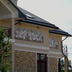Керамическое панно -лилии