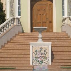 Украшение домов керамике